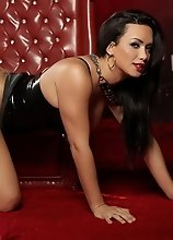 Naughty rock hard Bianka in latex