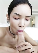 21yo busty and slim Thai ladyboy sucks and fucks white tourists cock